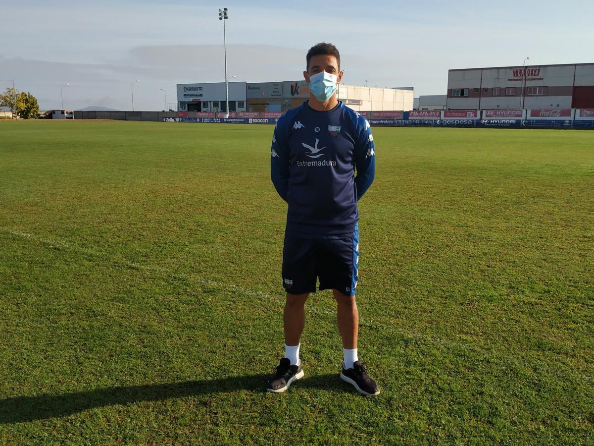 """Nando Copete afirma que el Extremadura se encuentra """"en el mejor momento"""""""
