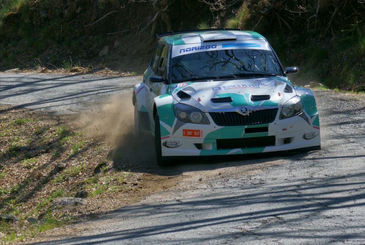 Eduardo Noriego y Dani Canelo conquistan el 35 Rallye Norte de Extremadura Asevol