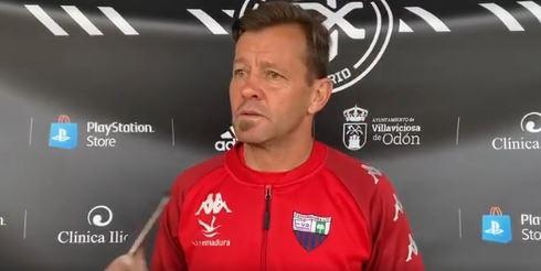 El Extremadura no logra la victoria frente al Dux Internacional
