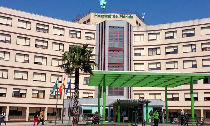 Nueve vecinos de Almendralejo están hospitalizados en Mérida por Covid-19