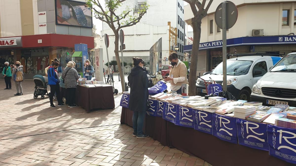 Almendralejo celebra el día del libro con actividades en la calle