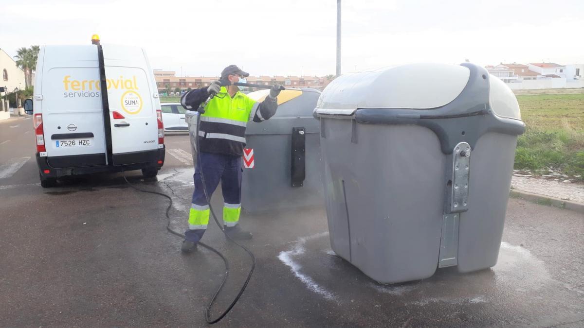 Incrementarán la limpieza de los contenedores de la localidad