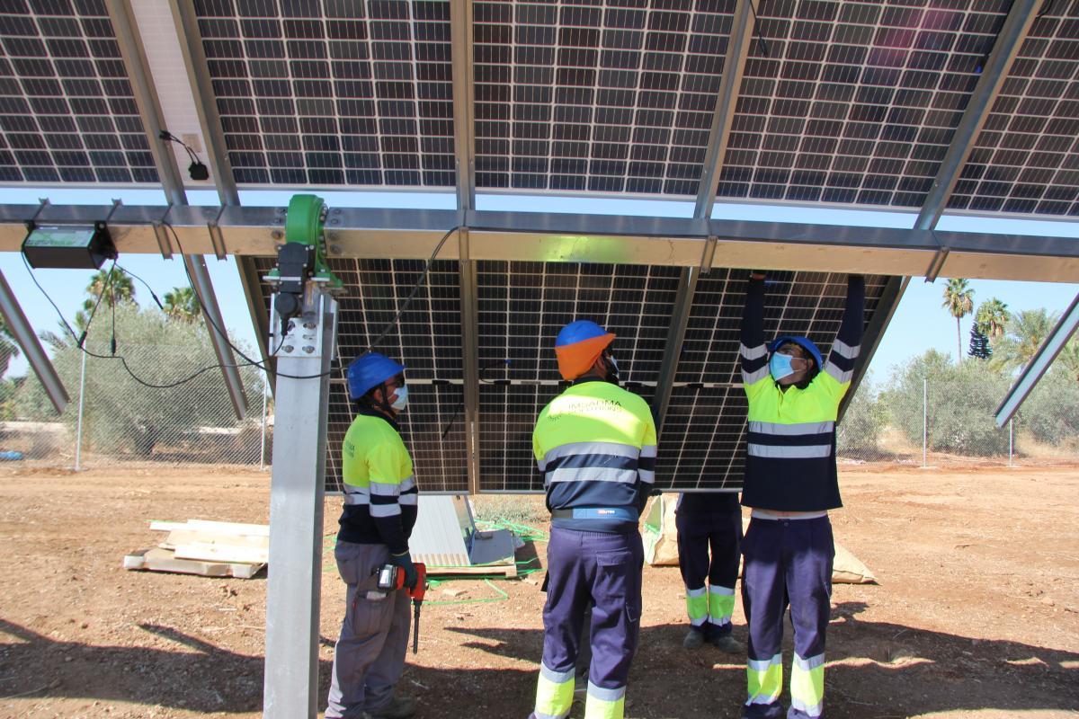 La planta fotovoltaica incorporará más de 500 trabajadores en junio