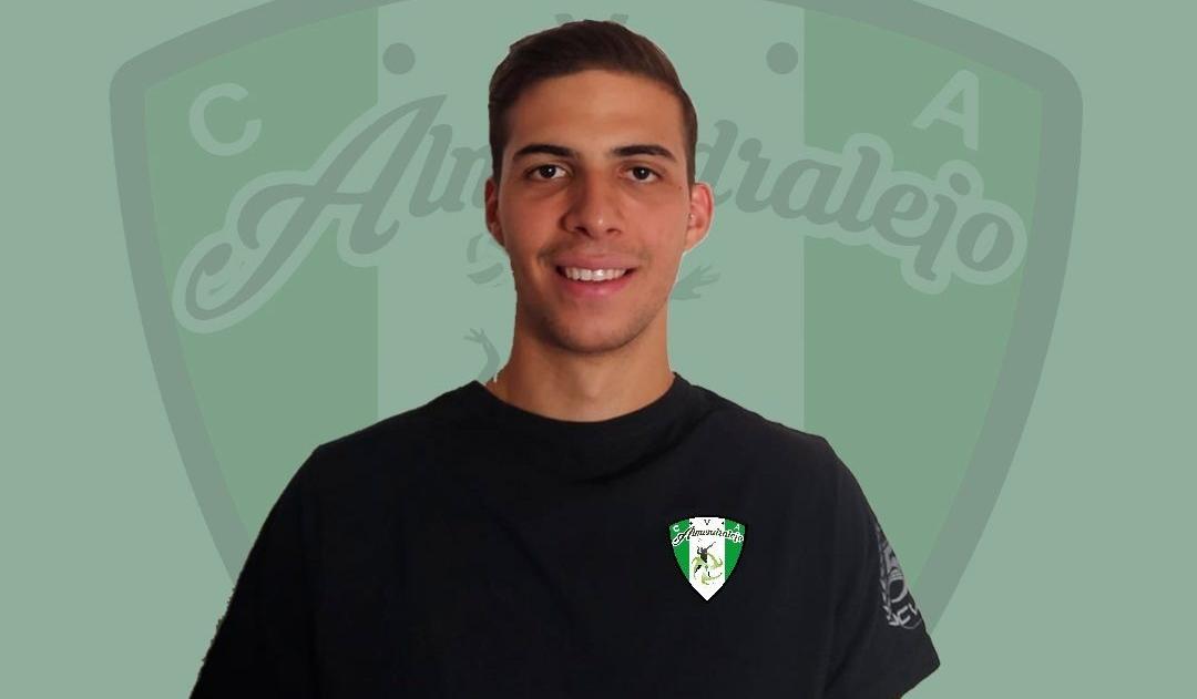 El club voleibol Almendralejo incorpora al murciano Ángel Ruiz Ruiz