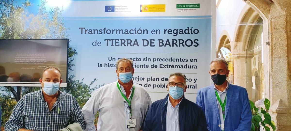 Presentan el proyecto de Tierra de Barros en el Foro de Regadío de Extremadura