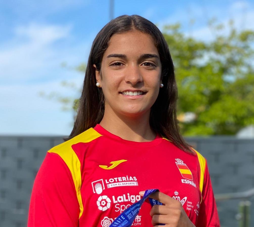 Paola García compite en Azkoitia dentro de la Liga Nacional